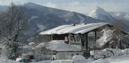 slider_landhaus-winter_1920