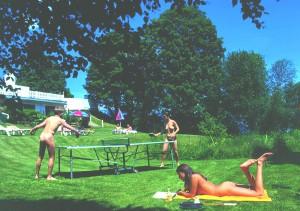 http://landhaus-luehrmann.at/wp/wp-content/uploads/2015/09/tischtennis-a-300x211.jpg