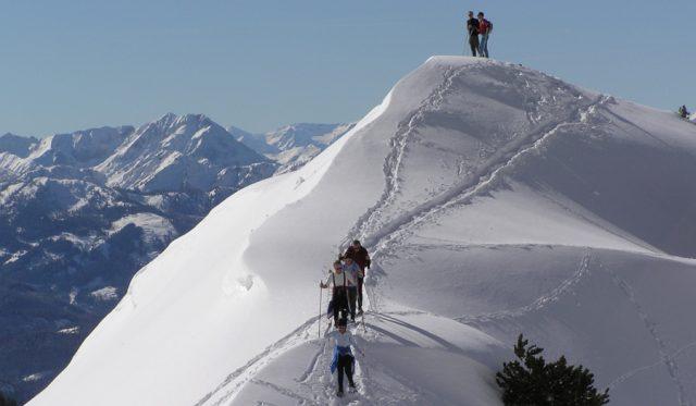 Snowshoeing on the Schönbühel peak